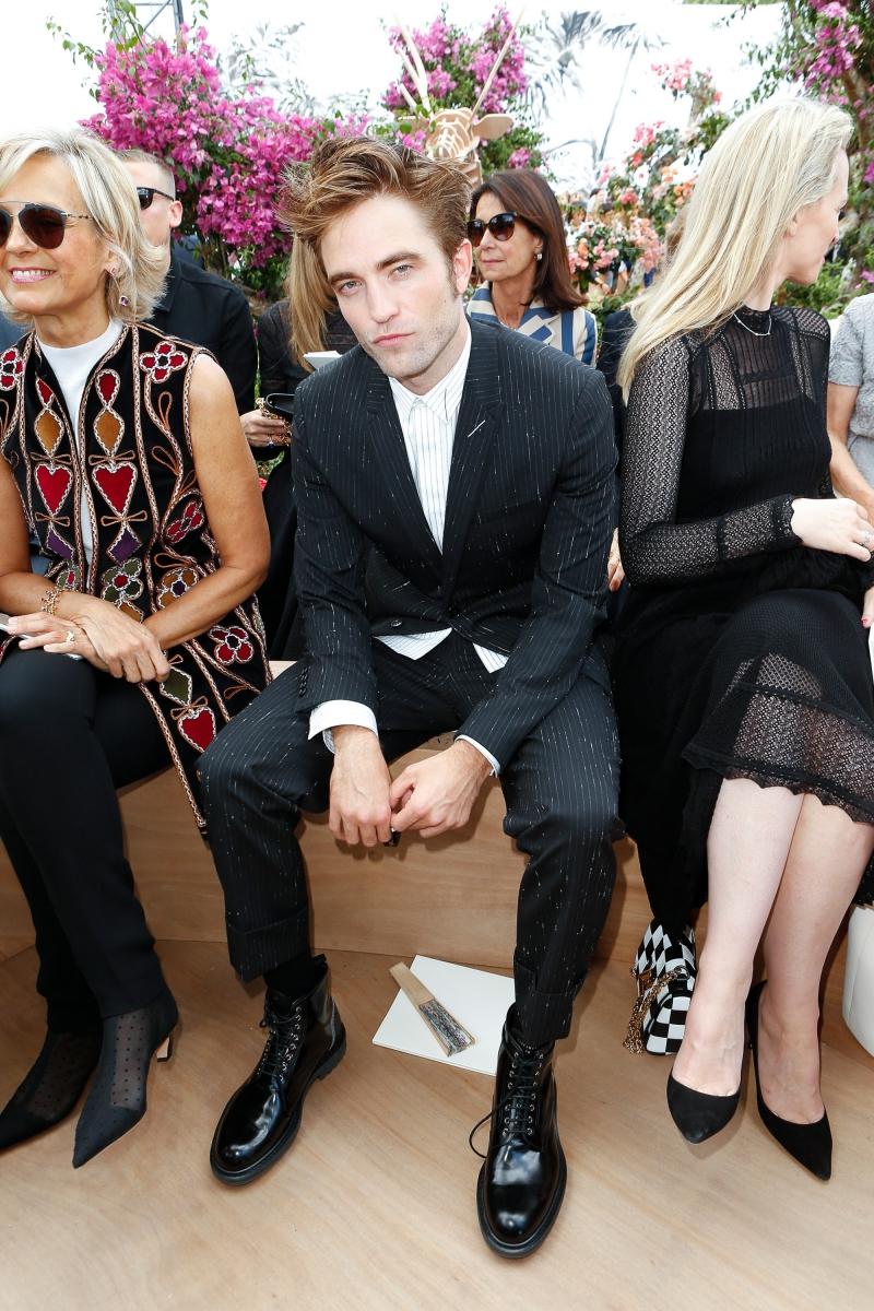 Nam diễn viên Robert Pattinson