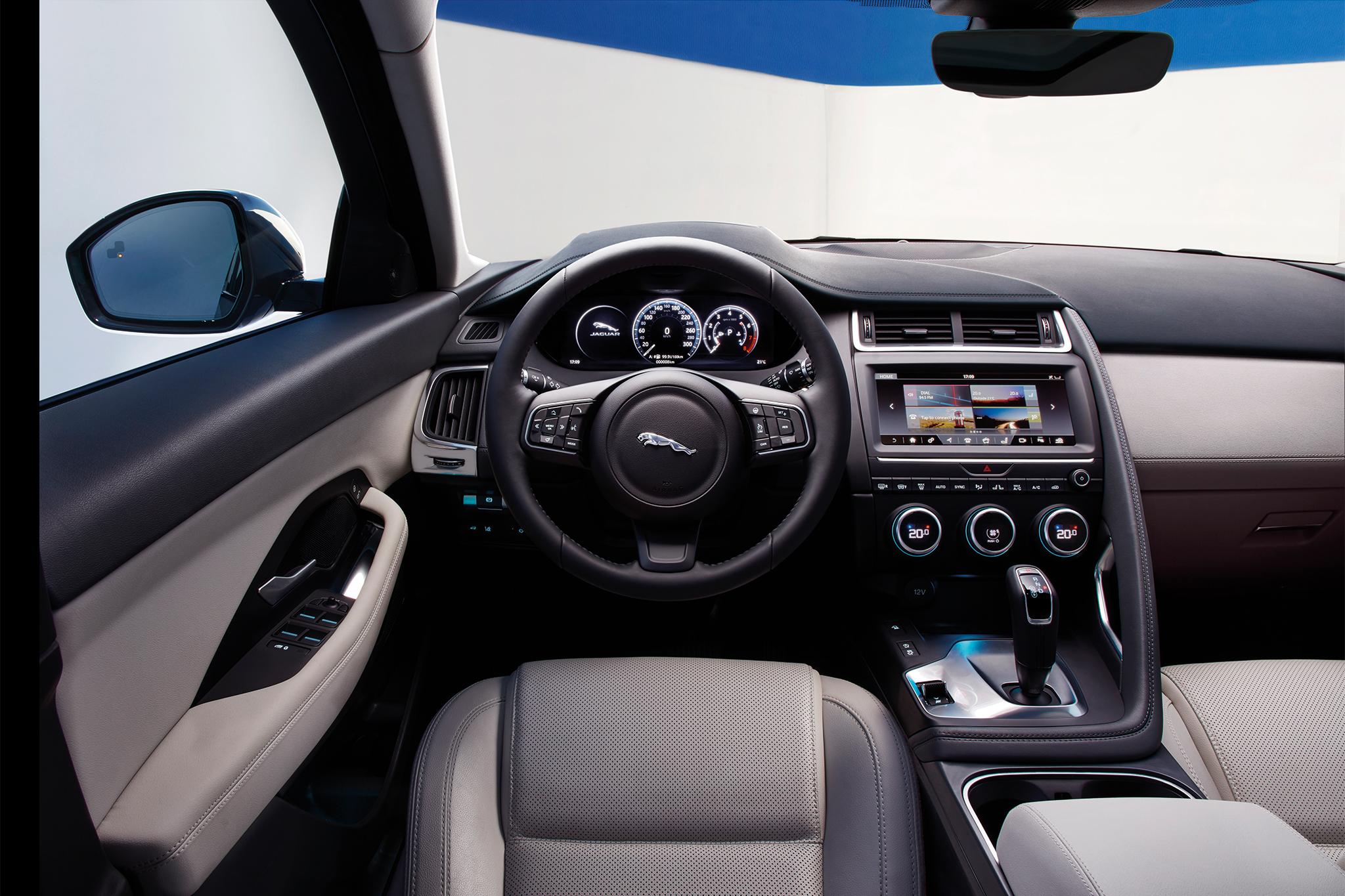 2018-jaguar-e-pace-cabin-02