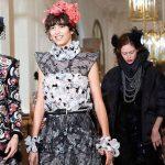 """""""Cuộc tình tay ba"""" Chanel, Ritz & Paris"""