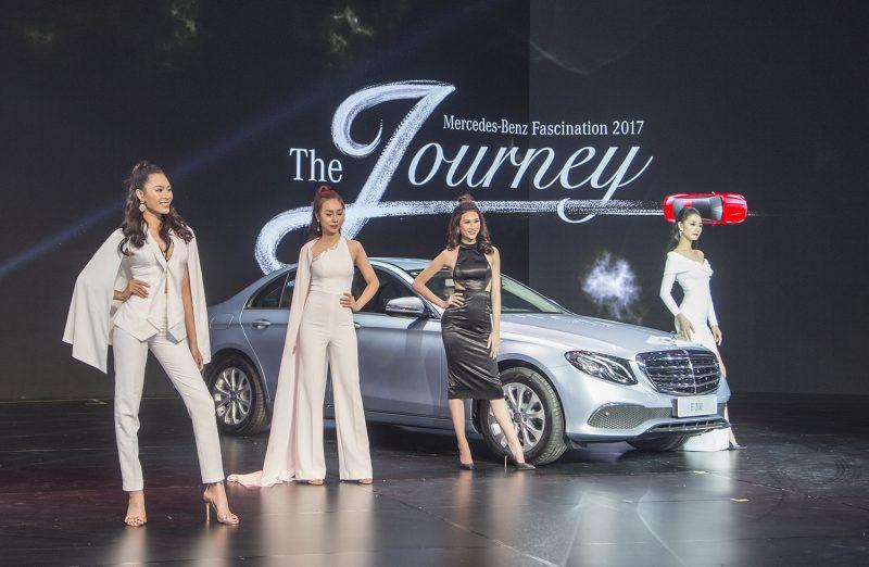 Mercedes mang 40 xe trị giá hơn 150 tỷ VND làm Fascination 2017
