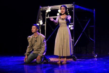 """Nghệ sỹ Việt dàn dựng """"Romeo và Juliet"""": Cuộc chơi mạo hiểm?"""