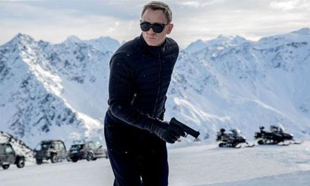 Nam tài tử Daniel Craig tái xuất với hình ảnh điệp viên James Bond