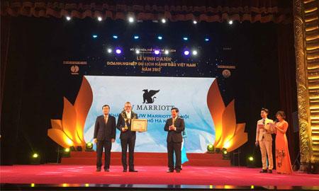 Khách sạn JW Marriott Hà Nội được trao tặng nhiều giải thưởng danh giá trong nước và quốc tế