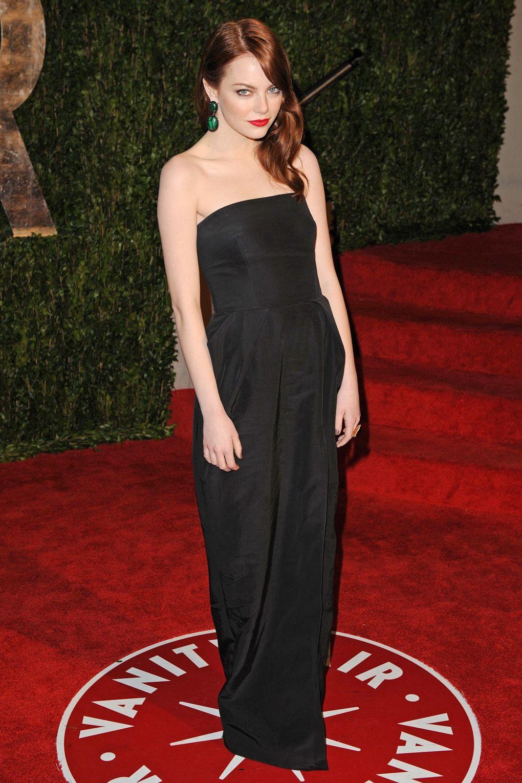 Xuất hiện tại lễ trao giải Oscars năm 2010, Emma Stone chứng tỏ với thế giới đẳng cấp một minh tinh hàng đầu của mình.
