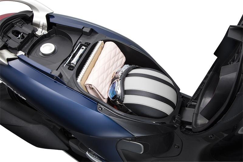 janus-underseat-compartment-1