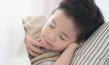 Trẻ em ngủ nhiều ít nguy cơ mắc đái tháo đường tuýp 2