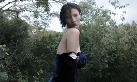 Li Lam: Tôi đang yêu một người đàn ông, nhưng chưa dứt khỏi một người… đàn bà