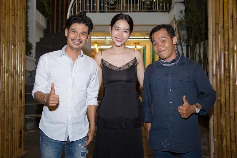 Nam Em cũng mời nhiều nghệ sĩ Việt đến thử nghiệm món ăn mới của nhà hàng mình