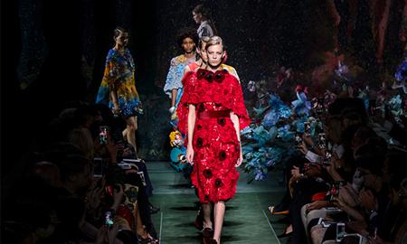 Cuộc tấn công của những nhà mốt Haute Couture Ý