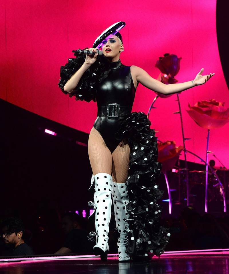 20172309_katy_perry_mac_do_ntk_cong_tri_deponline_04