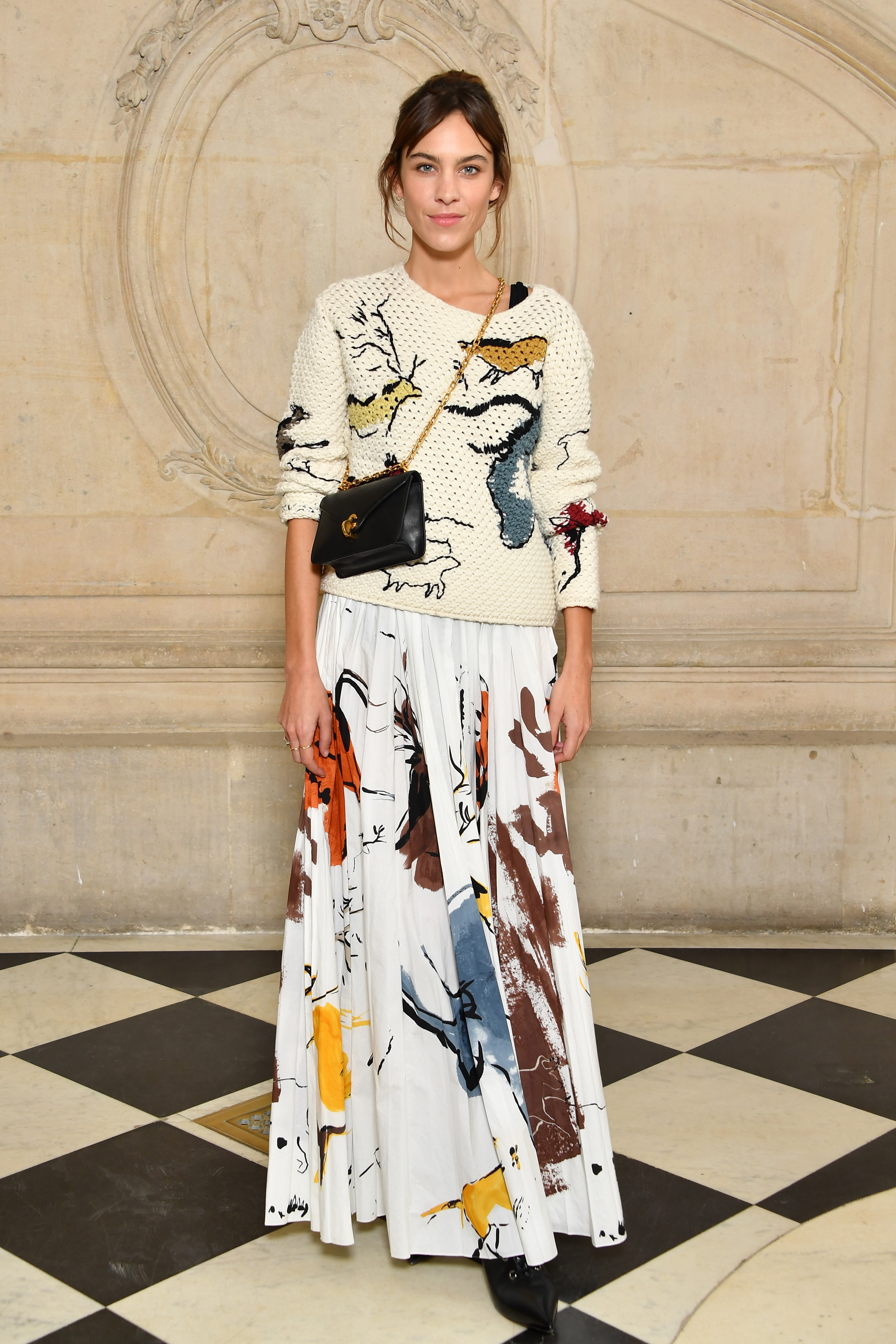 PARIS, FRANCE - SEPTEMBER 26: Alexa Chung attends the Christian Dior show as part of the Paris Fashion Week Womenswear Spring/Summer 2018 on September 26, 2017 in Paris, France. (Photo by Pascal Le Segretain/Getty Images for Dior) *** Local Caption *** Alexa Chung