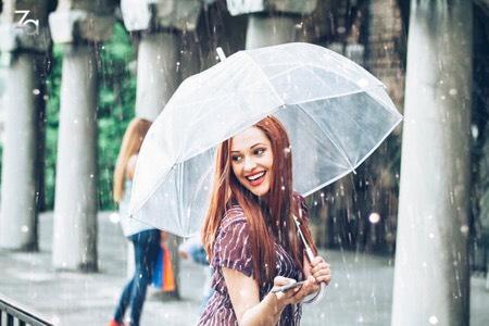 Trang điểm thế nào vào những ngày trời cứ mưa bất chợt?