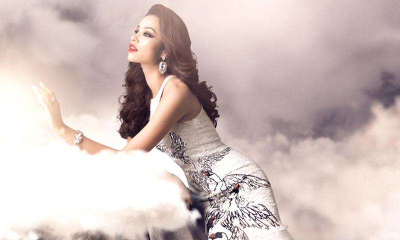 Phạm Hương được đánh giá là một hoa hậu có sức hút nhất trong số các hoa hậu đăng quang gần đây.