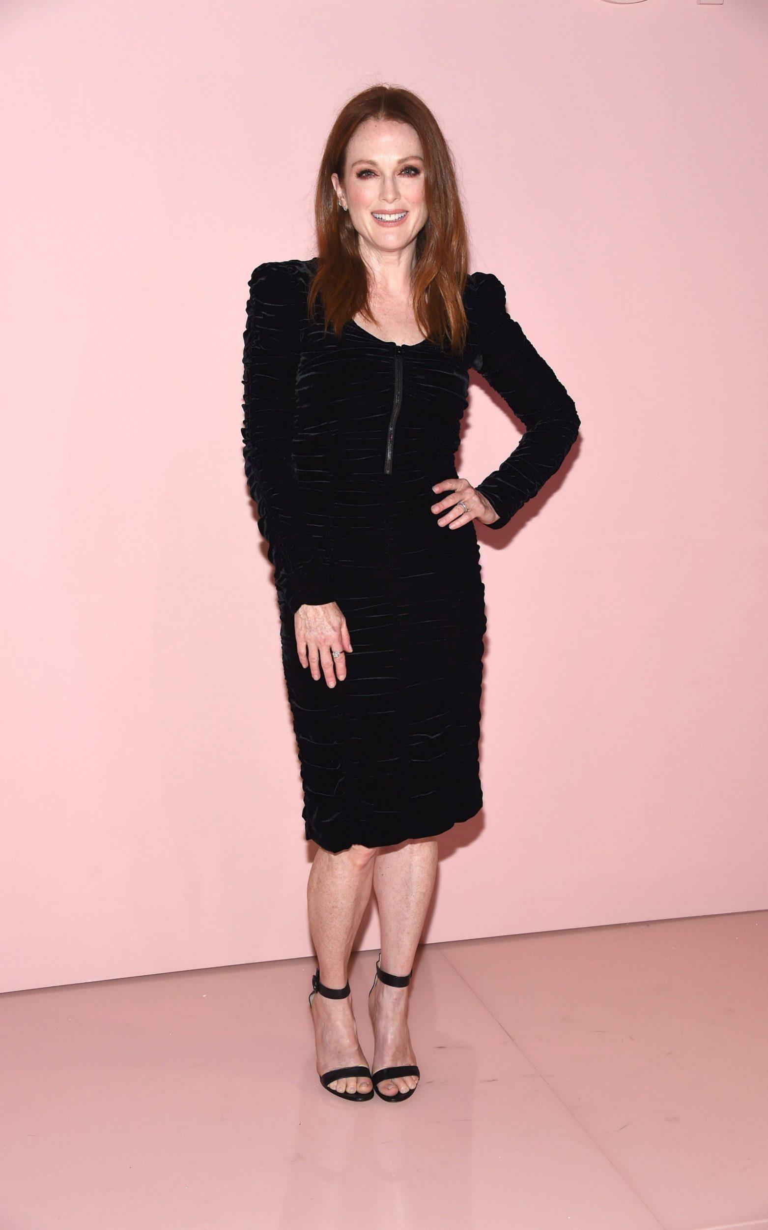 Nữ diễn viên Julianne Moore - một người bạn thân của Tom Ford