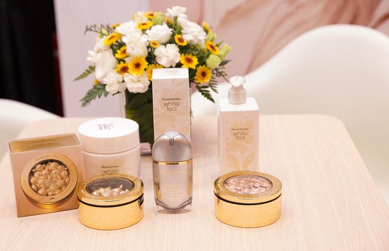 Nước hoa trà trắng White Tea và những sản phẩm ngôi sao của Elizabeth Arden