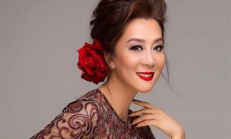 """MC Nguyễn Cao Kỳ Duyên: """"Vì hai chữ 'thần tượng' mà nhiều nghệ sĩ đã phải trả giá đắt"""""""