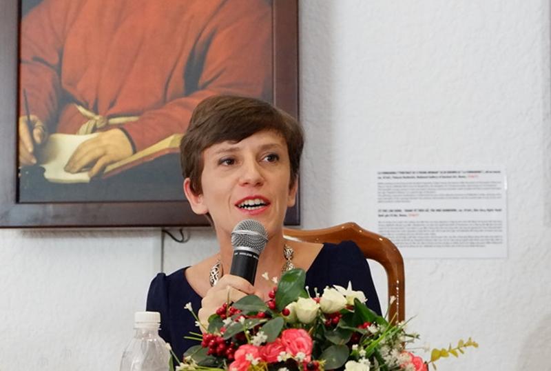 """""""Chúng tôi muốn đưa các tác phẩm xuất sắc nhất đến với công chúng ở khắp nơi trên thế giới, bao gồm những người không có điều kiện đến bảo tàng tại Italy để chiêm ngưỡng tranh gốc. Đây là những bức tái hiện giống hệt tranh gốc, với độ phân giải cao"""", Tổng lãnh sự Italy tại TP.HCM, bà Carlotta Colli, chia sẻ."""