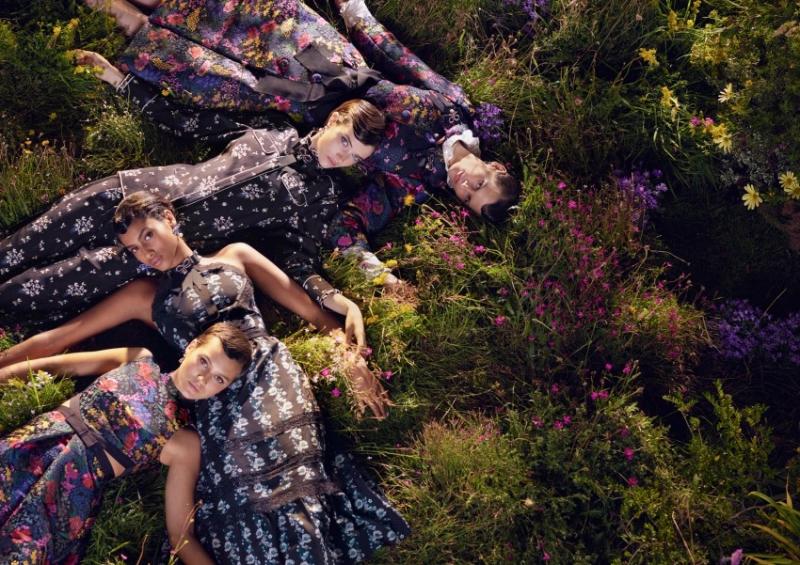 Chiến dịch quảng cáo BST ERDEM x H&M được thực hiện bởi nhiếp ảnh gia Michal Pudelka