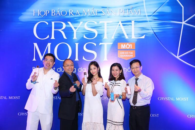 CRYSTAL MOIST – Bí quyết dưỡng da từ khoáng chất, được sản xuất tại Hàn Quốc đã đến Việt Nam
