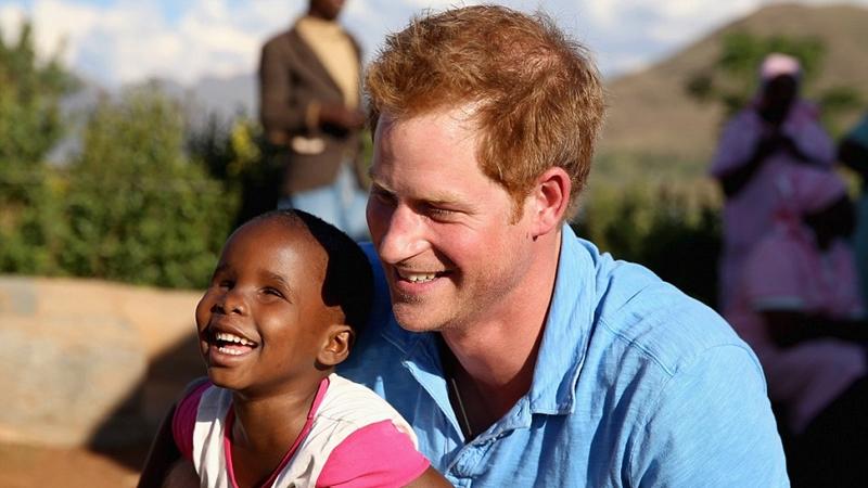 Hoàng tử Harry: Từ chàng trai nổi loạn thành người đàn ông đáng mơ ước