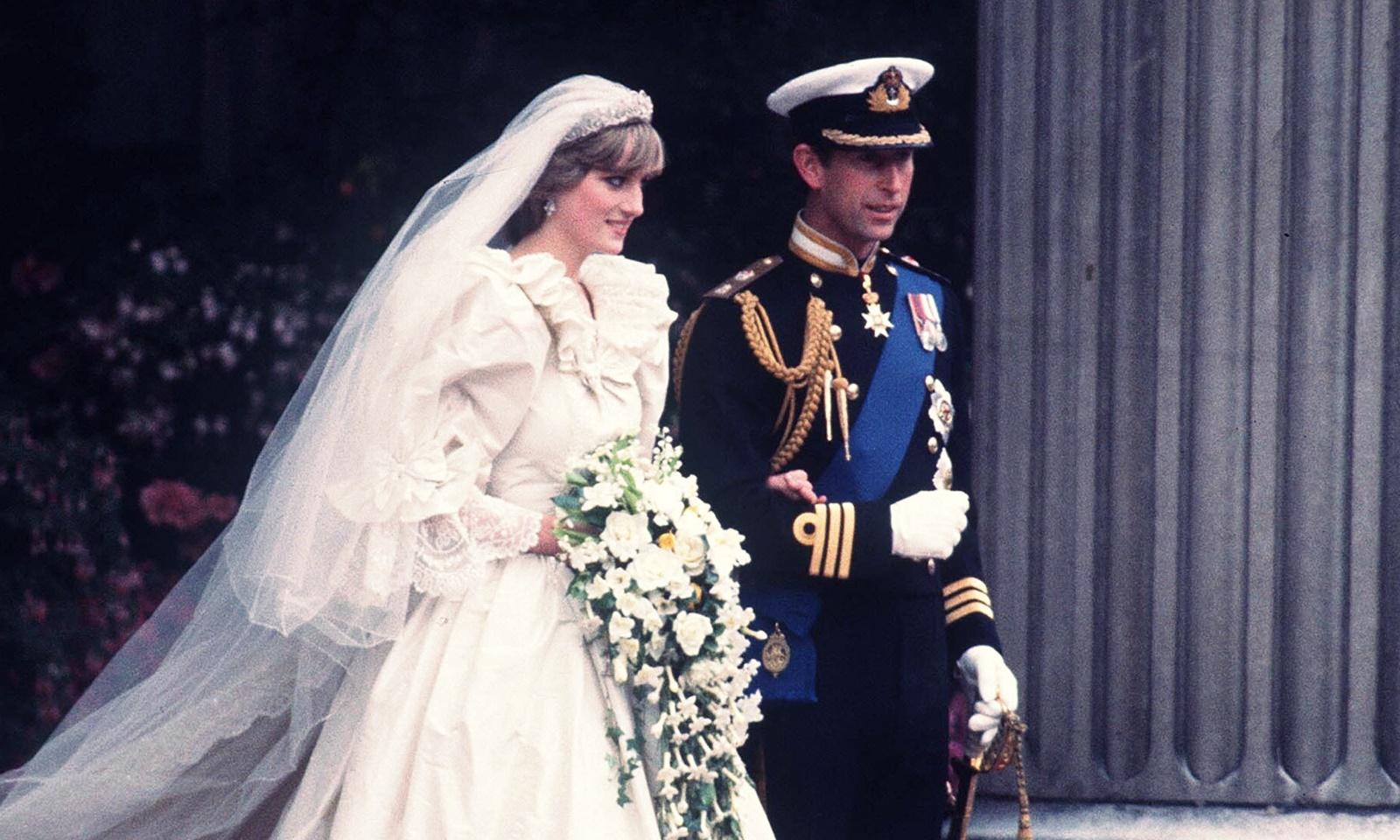 Bạn có biết: những hương nước hoa được chọn trong các đám cưới nổi tiếng nhất của hoàng gia Anh