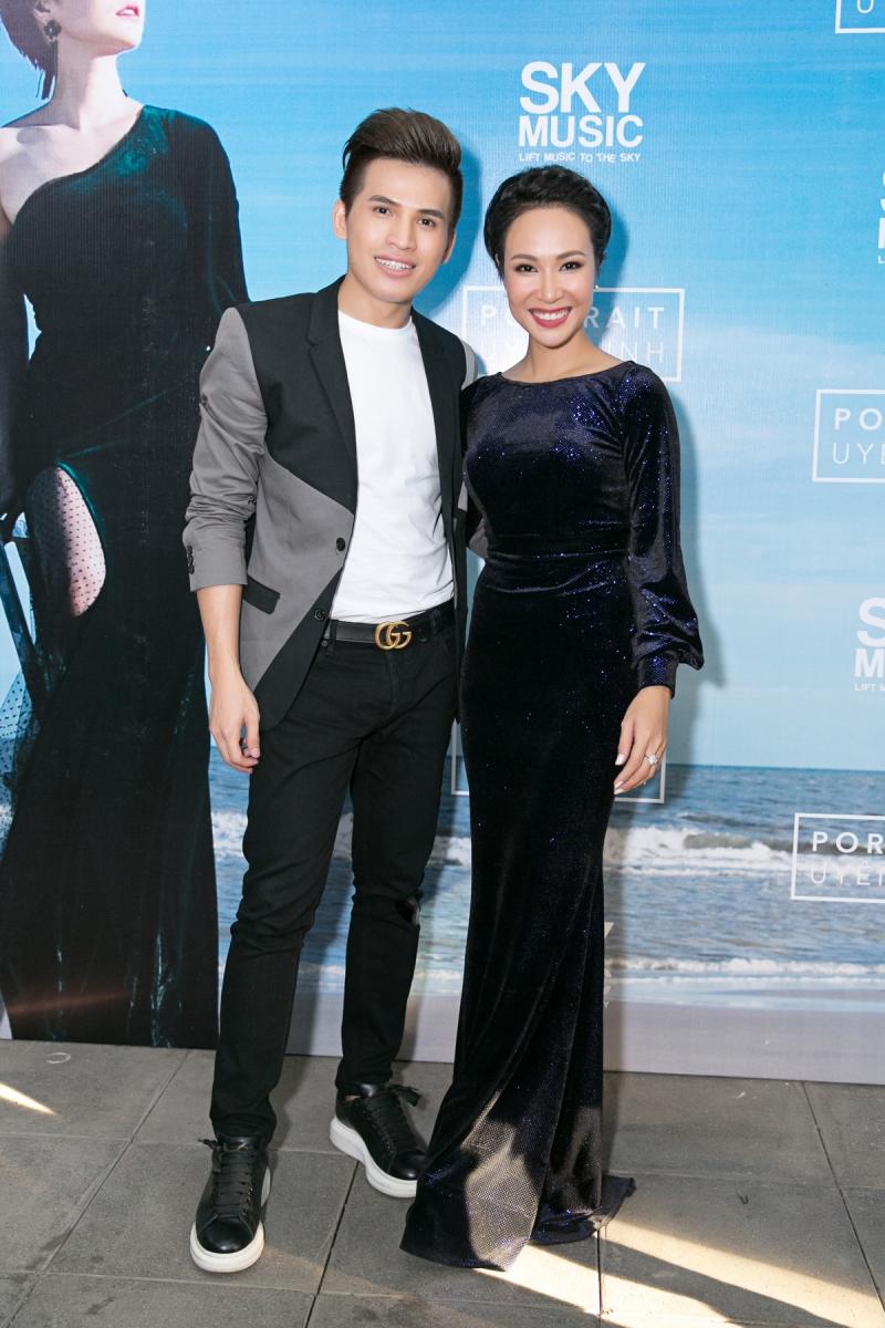 Hai quán quân của Vietnam Idol Uyên Linh và Quốc Thiên