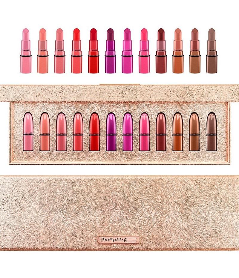 M.A.C Cosmetic - Snowball Classics Mini Lipstick Kit: bộ quà tặng 12 màu son mini. Giá: 69,5 $ (khoảng 1.529.000VND)