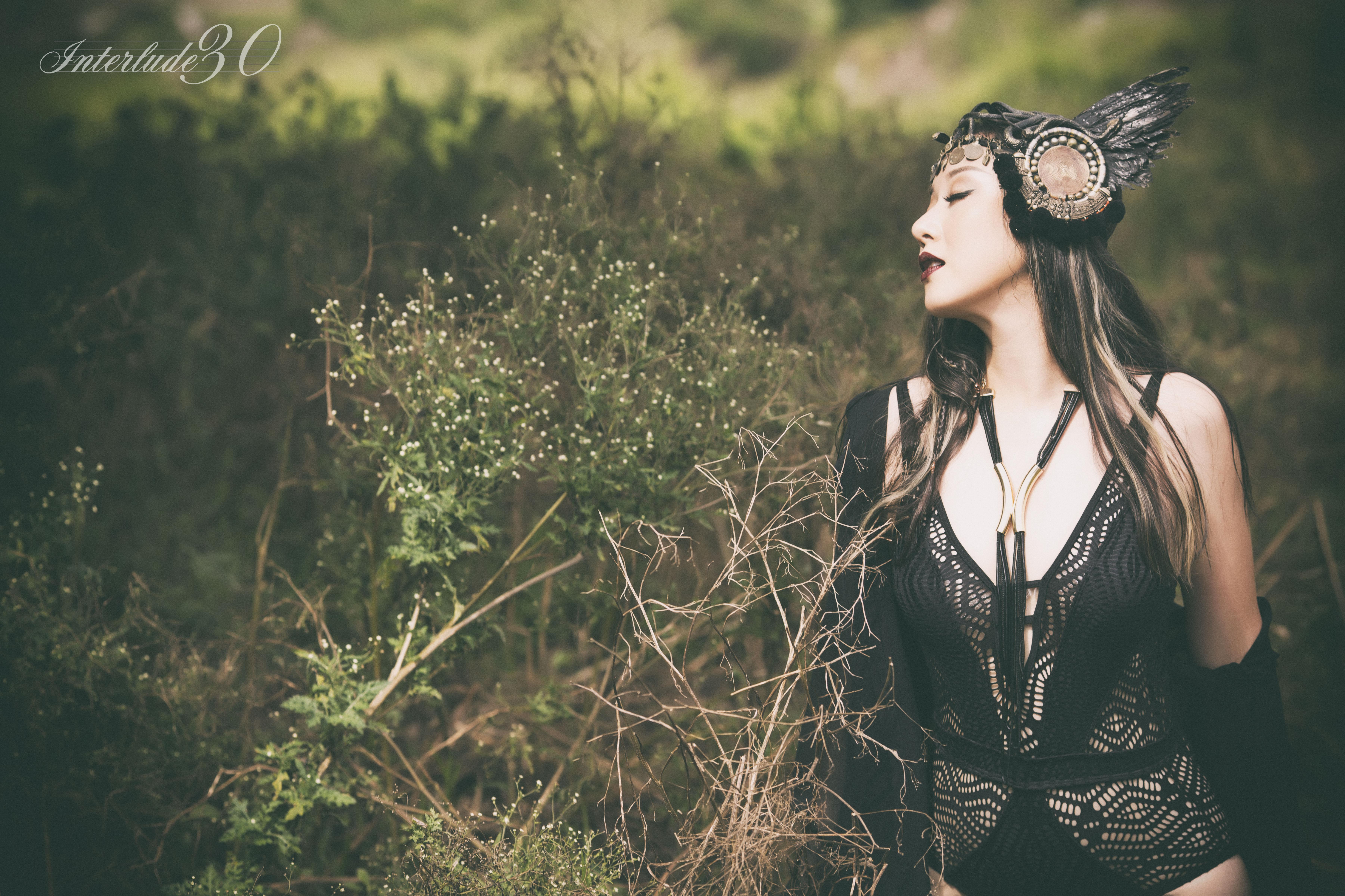 """Hoa hậu Ngô Phương Lan: """"Nỗi đau năm ấy khiến tôi rũ bỏ để sống như một đứa trẻ"""""""
