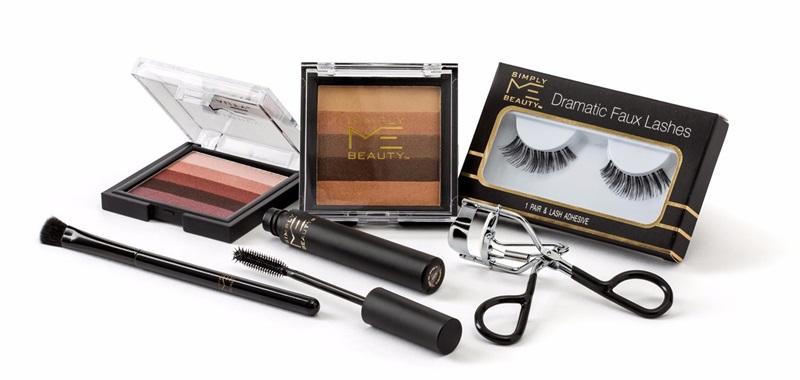 Các sản phẩm dành cho việc trang điểm mắt