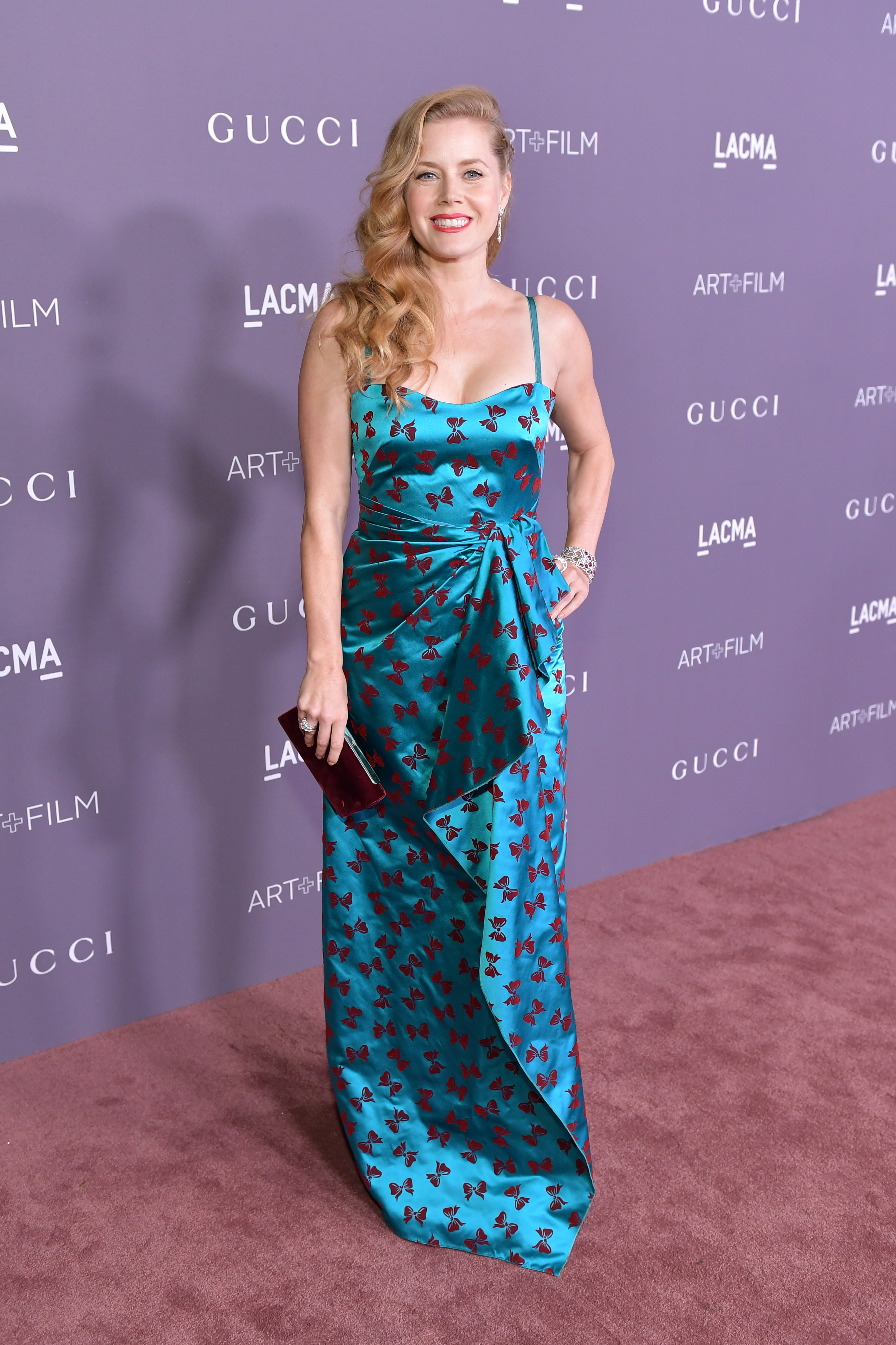 LOS ANGELES, CA - NOVEMBER 04: Actor Amy Adams, wearing Gucci, attends the 2017 LACMA Art + Film Gala Honoring Mark Bradford and George Lucas presented by Gucci at LACMA on November 4, 2017 in Los Angeles, California. (Photo by Neilson Barnard/Getty Images for LACMA)