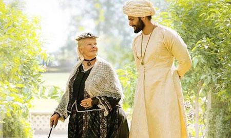 Tình bạn chấn động lịch sử của nữ hoàng Anh và người hầu Ấn Độ