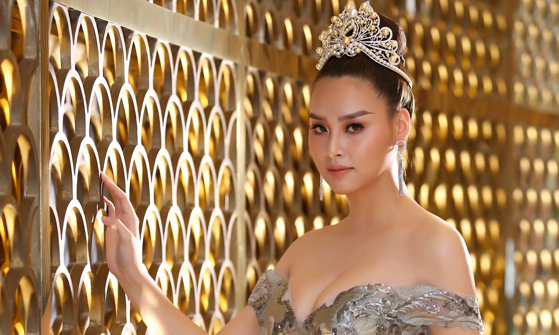 """""""Nóng"""" chuyện phẫu thuật thẩm mỹ tại họp báo Hoa hậu biển Việt Nam toàn cầu"""