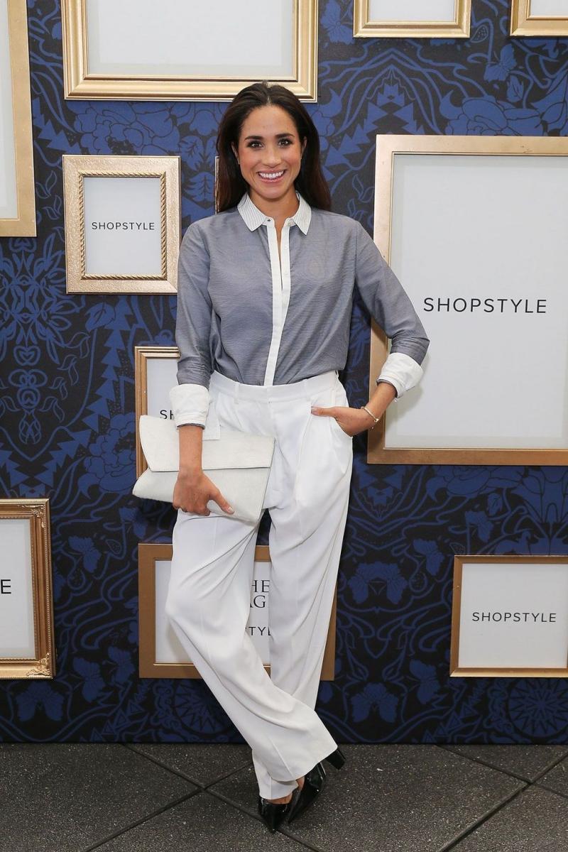Tại một sự kiện của Shopstyle, Meghan Markle xuất hiện trong bộ trang phục thoải mái, cân đối và hài hòa.