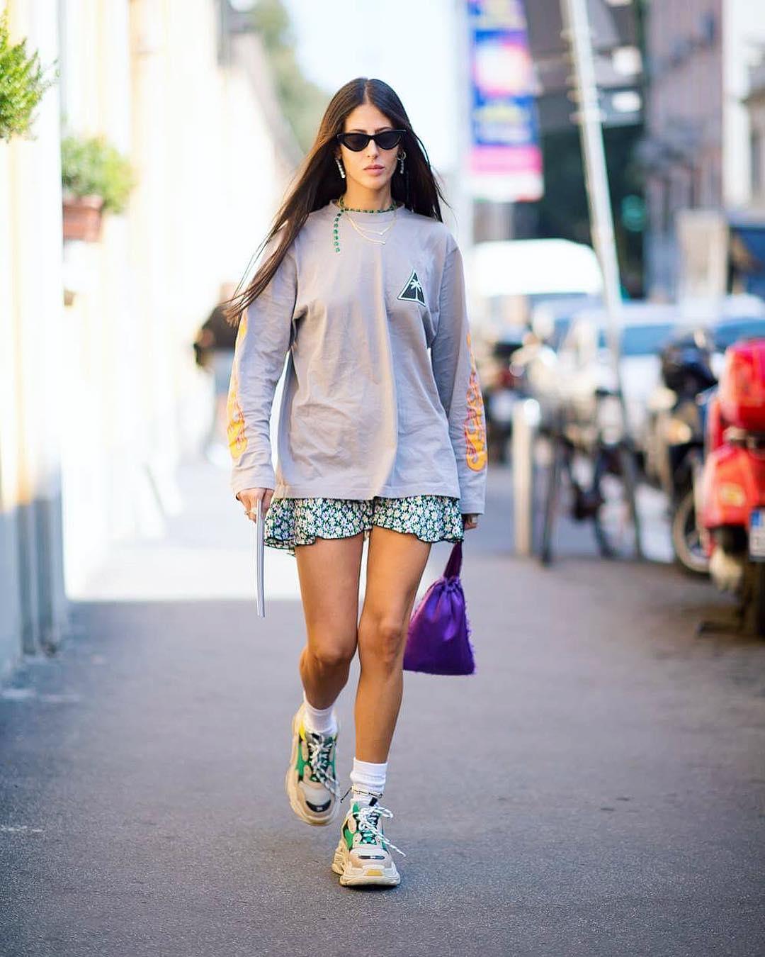 Thiết kế Triple S từ Balenciaga cũng là con cưng của các fashionista.