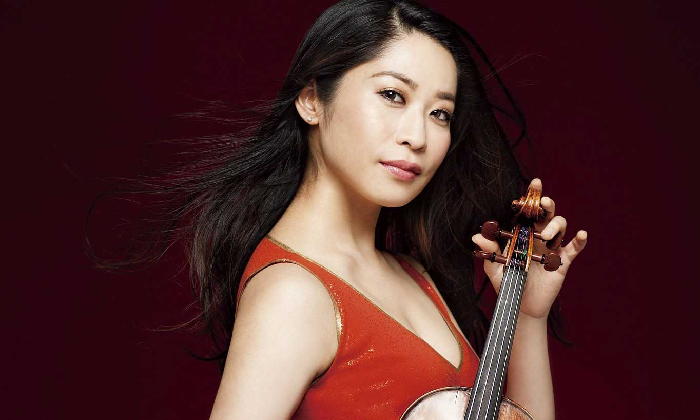 """""""Bông hồng violin"""" Kawakubo Tamaki tái ngộ khán giả Việt"""