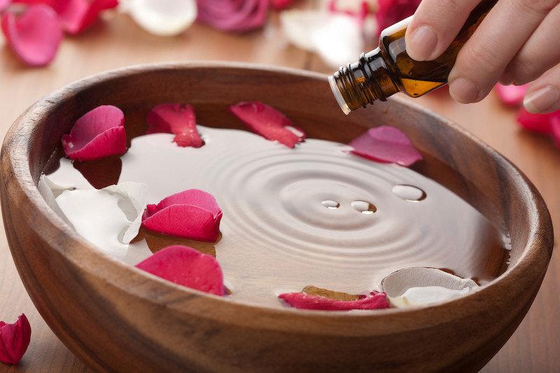 dầu thơm tinh dau va nuoc hoa