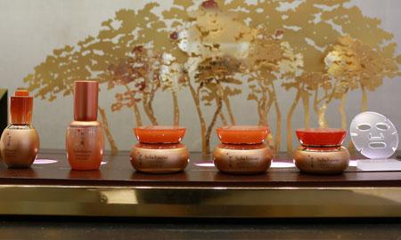 Sulwhasoo ra mắt dòng sản phẩm nhân sâm mới trong buổi khai trương cửa hàng đầu tiên tại Hà Nội