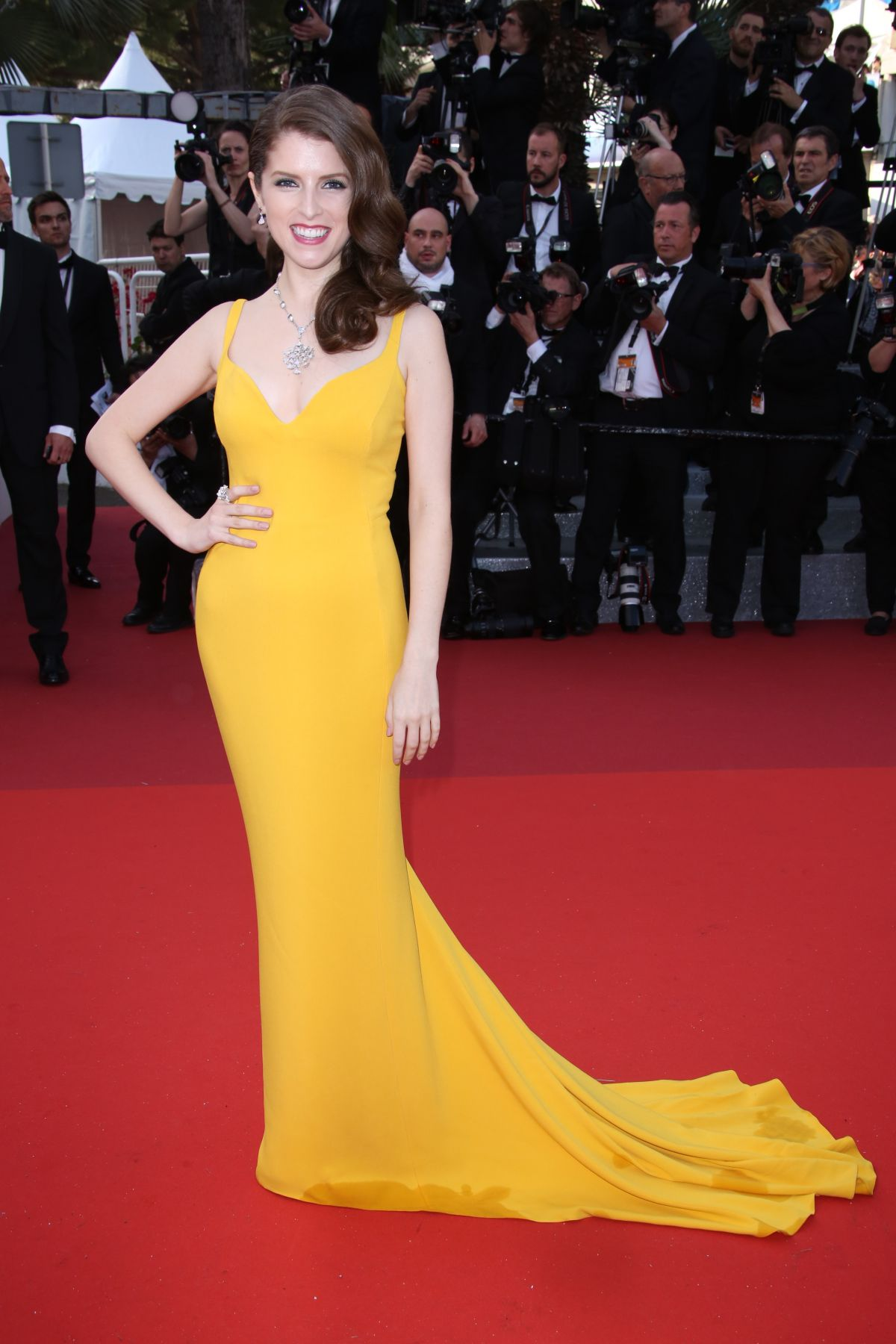 anna-kendrick-at-cafe-society-premiere-and-69th-cannes-film-festival-opening-05-11-2016_1