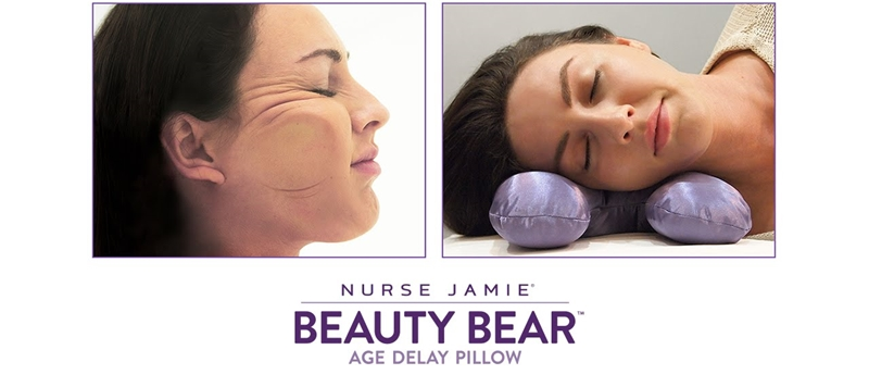 Thiết kế độc đáo của chiếc gối Nurse Jamie Beauty Bear Age Delay (69USSD, khoảng 1.580.000VNĐ) giúp hạn chế sự xuất hiện các nếp nhăn khi ngủ.