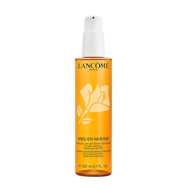 Lancôme Miel en Mousse Foaming Cleanser (khoảng 1.200.000VNĐ): Dầu tẩy trang kết hợp sữa rửa mặt chứa thành phần mật ong Acaia - 1 trong 2 loại mật ong cao cấp nhất thế giới.