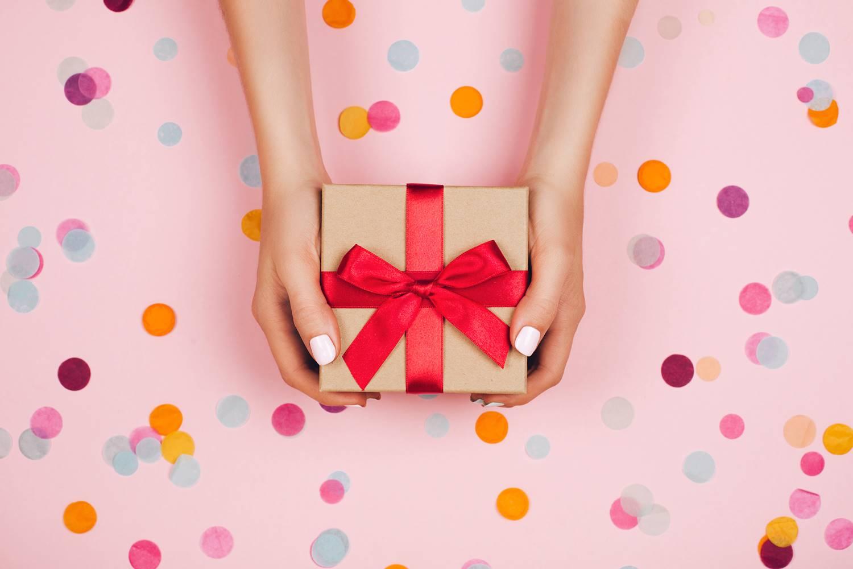 Những món quà Giáng sinh mà nàng không thể chối từ