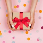 Cùng điểm lại bộ sưu tập thiệp Giáng sinh lan tỏa tình yêu và hạnh phúc của Hoàng Gia Anh theo năm tháng