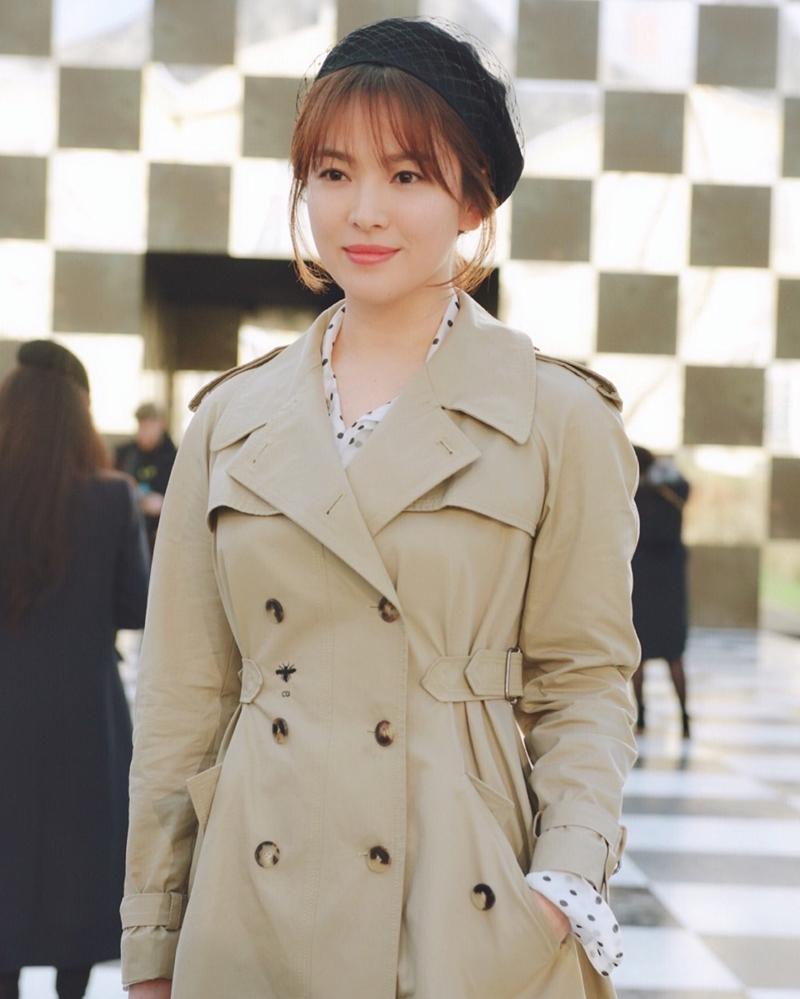 20182301_song_hye_kyo_song_jong_ki_dior_haute_couture_2018_deponline_03