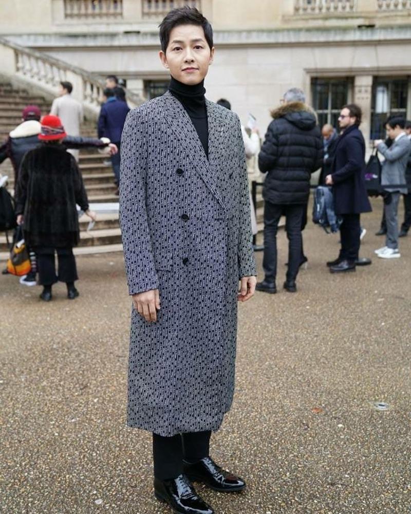 20182301_song_hye_kyo_song_jong_ki_dior_haute_couture_2018_deponline_08