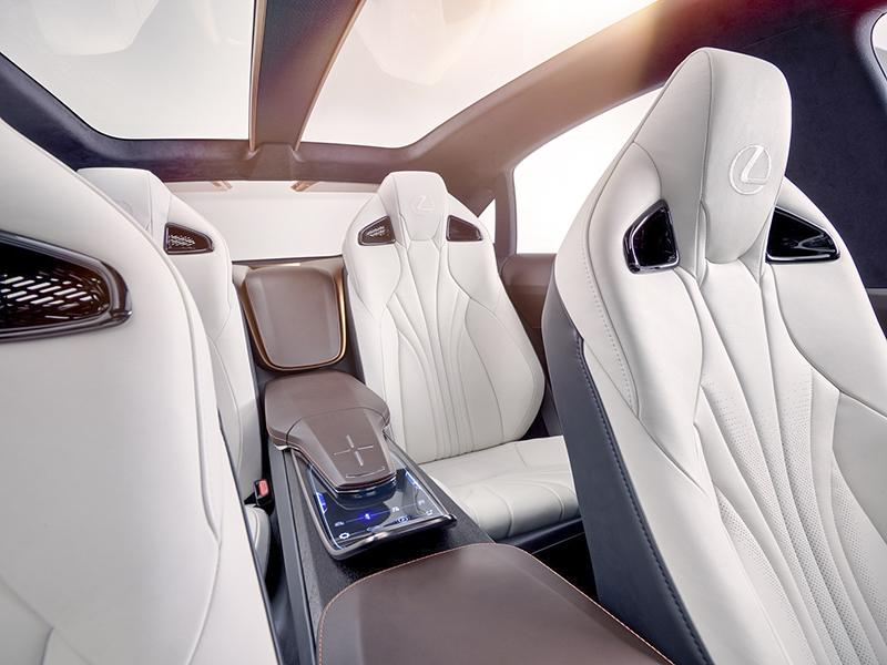 lf1_limitless_rear-interior