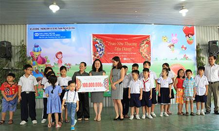 Chương trình thiện nguyện của Oriflame quyên tặng 100 triệu đồng cho Làng trẻ em SOS Việt Nam