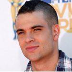"""Nam diễn viên trong loạt phim ca nhạc """"Glee"""" qua đời ở tuổi 35"""