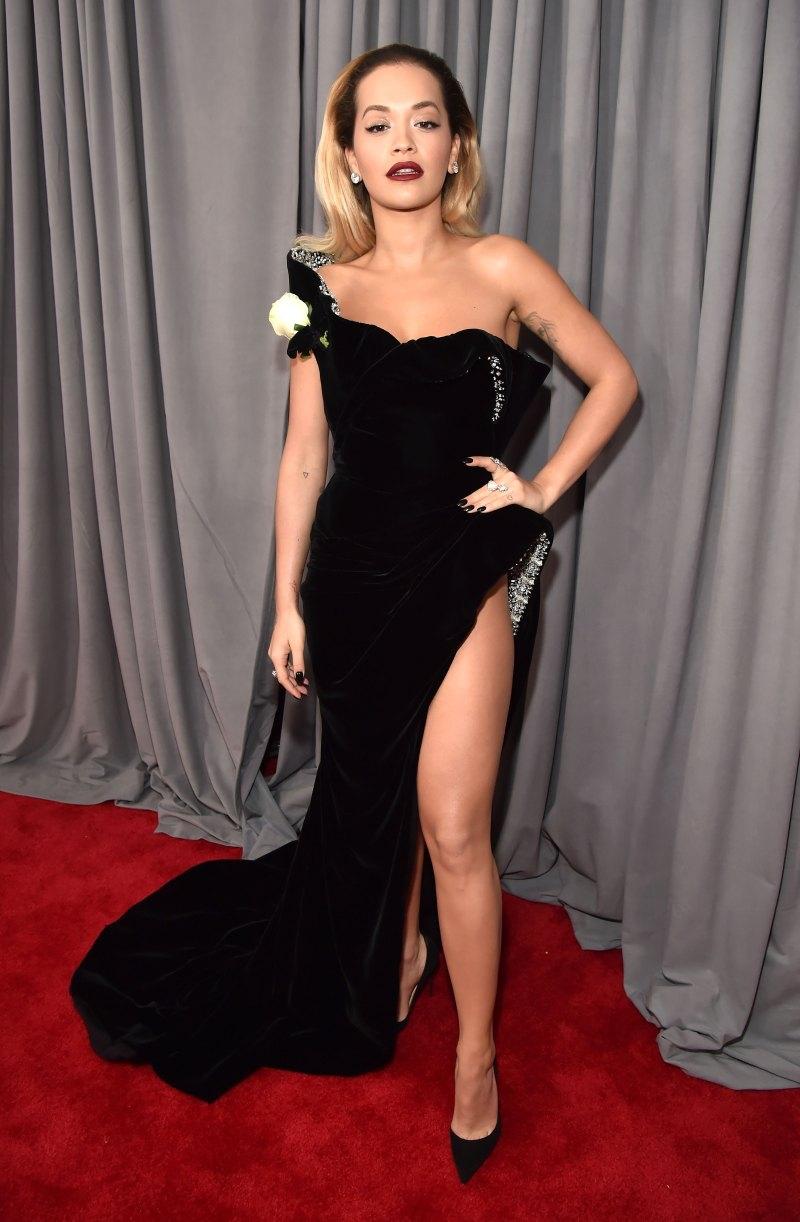 Rita Ora mang đến nét quyến rũ cổ điển sang trọng trong thiết kế của Ralph & Russo, cùng nữ trang Lorraine Schwartz.