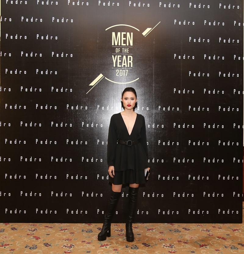 """Lễ trao giải """"Men of the Year 2017"""" còn có sự góp mặt của những người đẹp cá tính, bốc lửa khác như người mẫu Fung La..."""