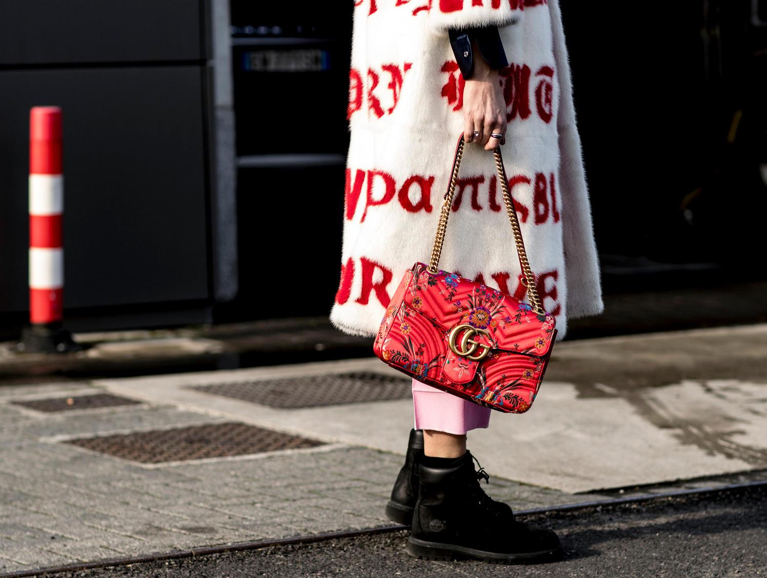 Những thiết kế túi thanh lịch như Marmont và Dionysus của nhà mốt cũng là một trong những thiết kế bán chạy nhất trong năm vừa qua.